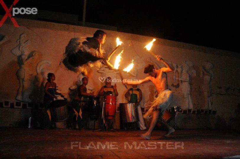 Tambores y fuego