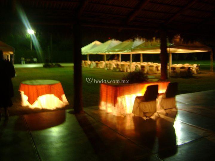 Iluminaci n estrat gica de jard n quinta real foto 5 for Jardin quinta real