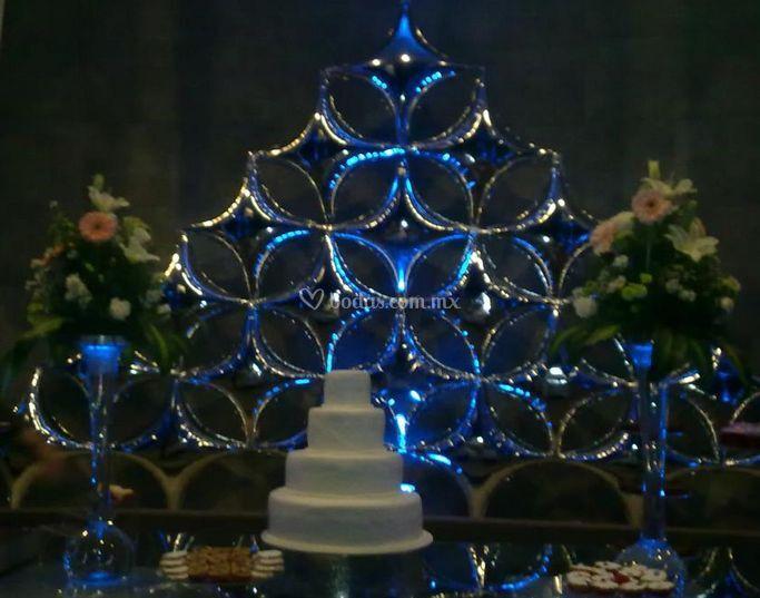 Decoración para mesa de pastel