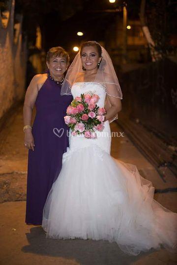 Novia y mamá
