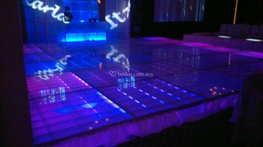 Pista de cristal iluminada led