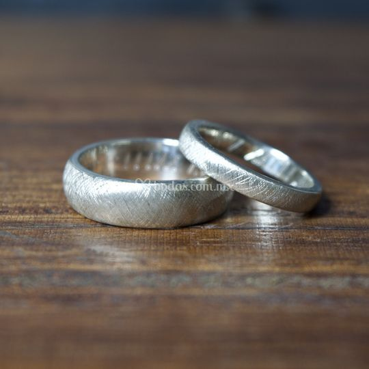 Argollas plata texturizadas