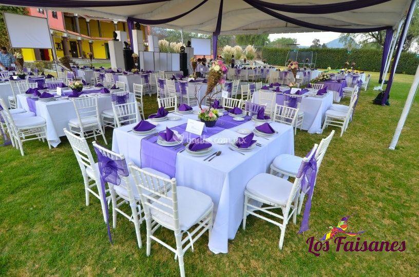 Decorar jardin para boda awesome las guirnaldas son un for Decorar casa quinta