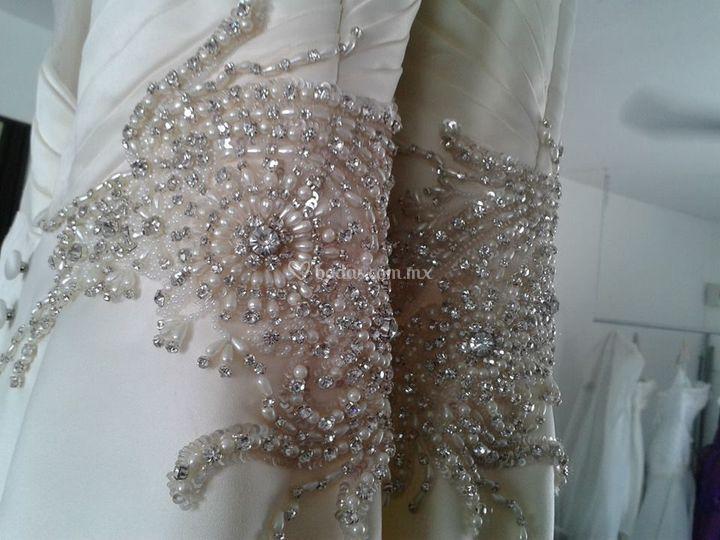 Aplicación cristales y perlas