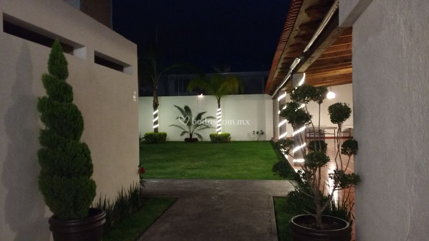 Jard n boulevard for Salon villa jardin morelia