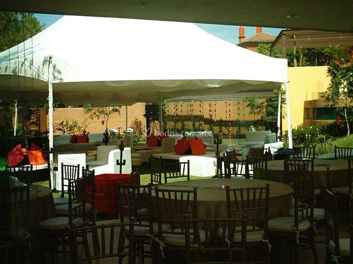 Banquete con área lounge