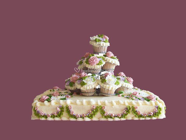 Pastel con muffins