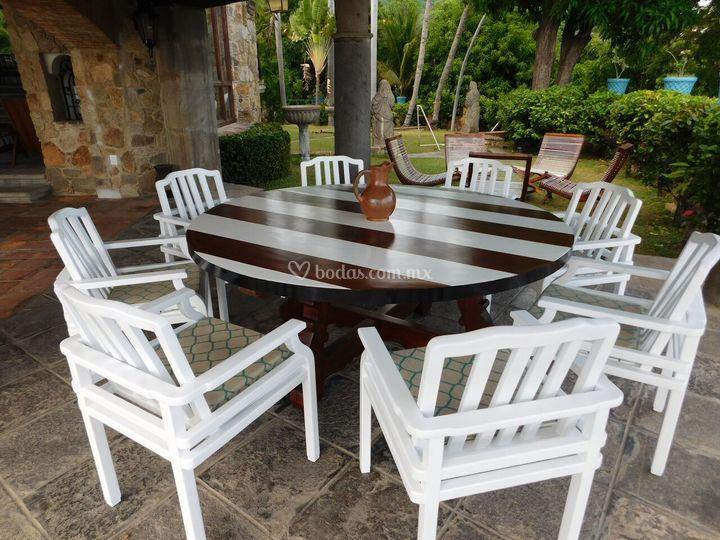 Mesa exterior jardín