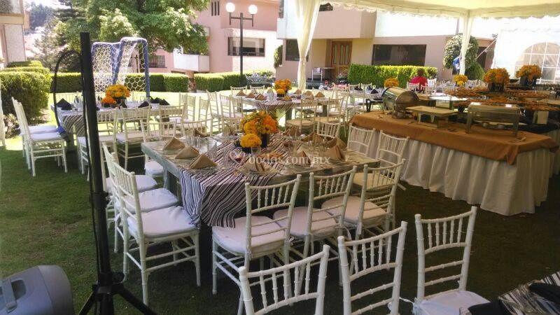 Banquetes valere for Casa jardin buffet