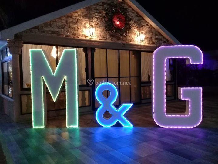M & G iluminadas LED