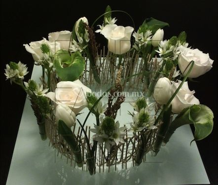Centros de mesa con tulipanes