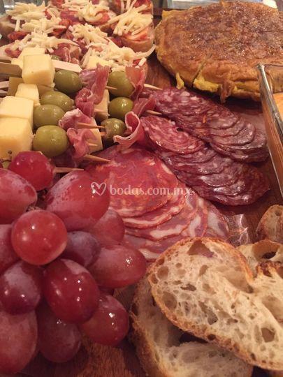 Mesas de carnes frias y quesos
