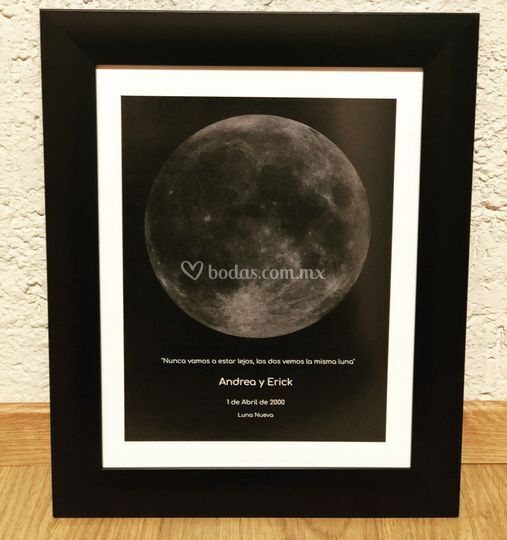 Cuadro Luna marco negro