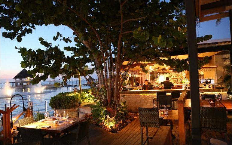 Grand Oasis Cancun >> Porfirio's Restaurante