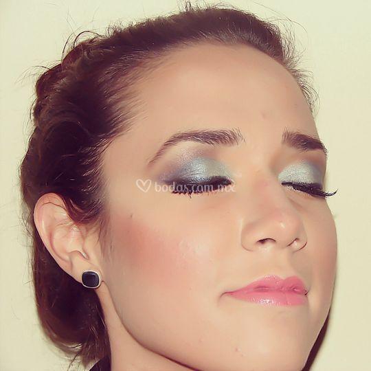 Maquillaje social de día