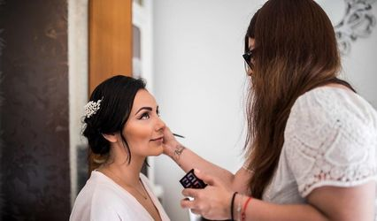 Andrea Espejel Makeup