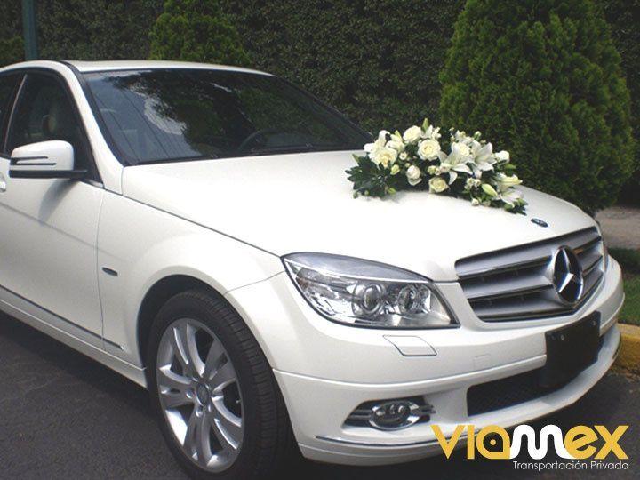 Renta de auto para bodas
