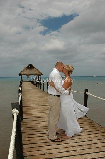 Romance en el paraiso