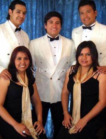 El grupo de Organización Musical Fantasía Latina
