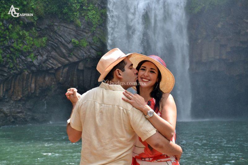 Engagement cascadas