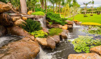 Jardín Paraíso by Grupo Paraíso