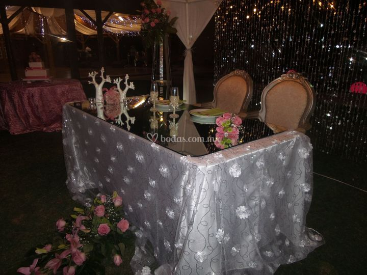 Mesa de honor novios