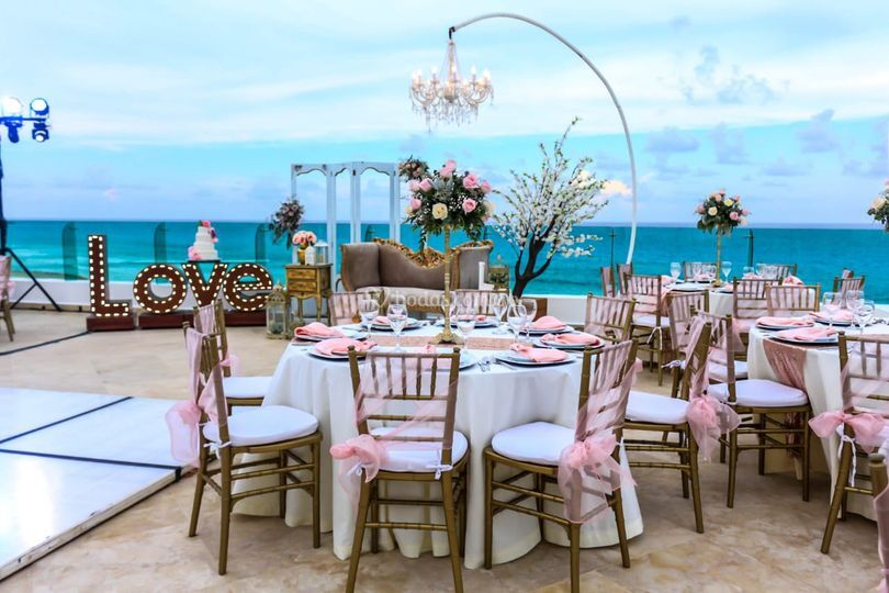 Montaje de boda playa