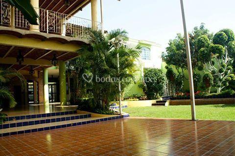 La casa de las hadas for Casa jardin buffet