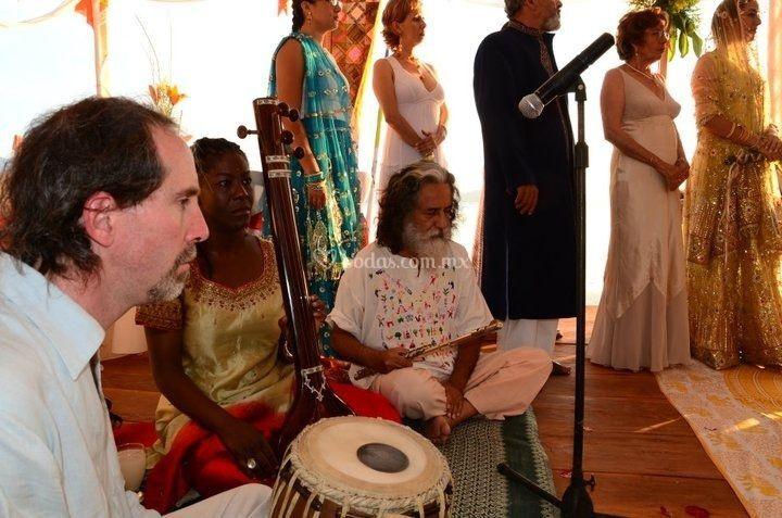 Músicos hindús