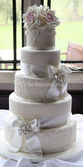 Pastel de boda para 200 personas