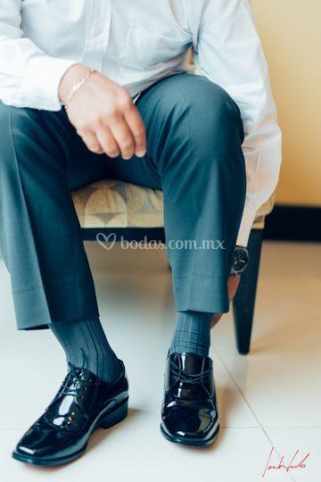 Gettin ready groom