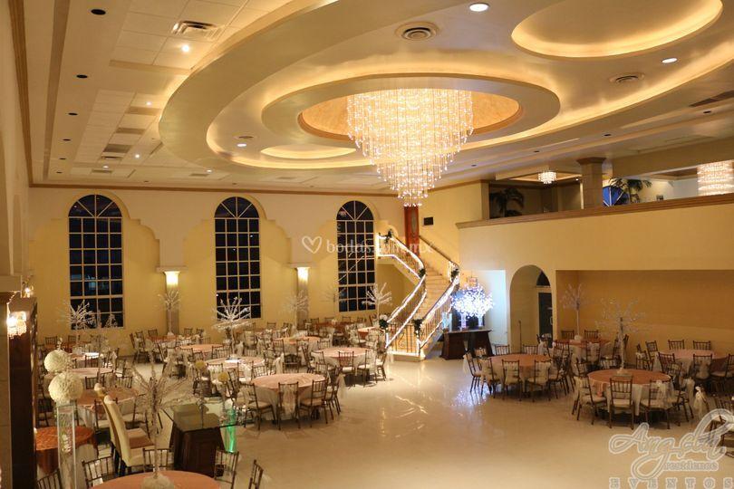 Mobiliario de angela residence eventos foto 22 for Salones para casamientos