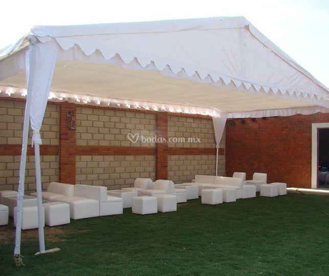 Carpa para patio rento carpatoldo para todo evento x m for Carpas de madera para jardin