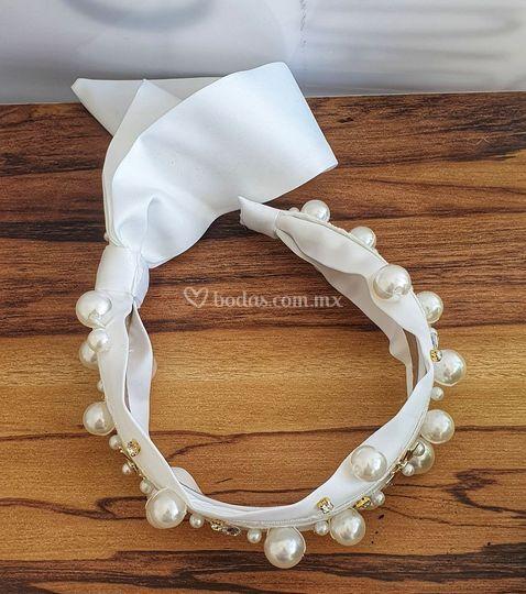 Diadema novia perlas