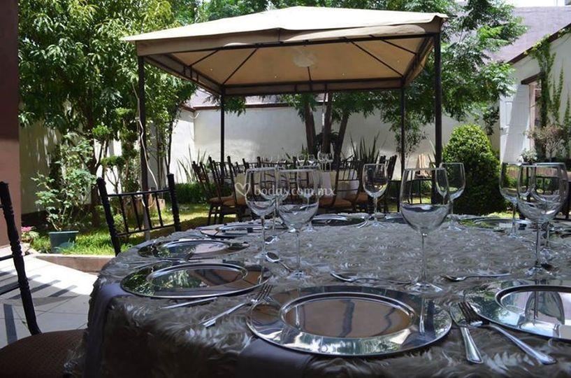 Restaurante el jard n for Restaurante el jardin pedraza
