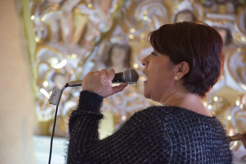 Cantante soprano
