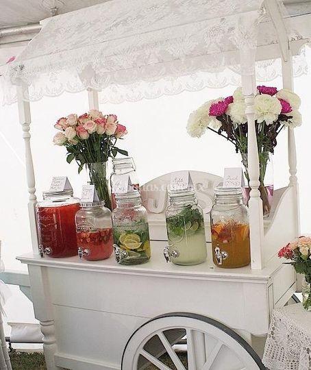 Drinkstation en carrito decor