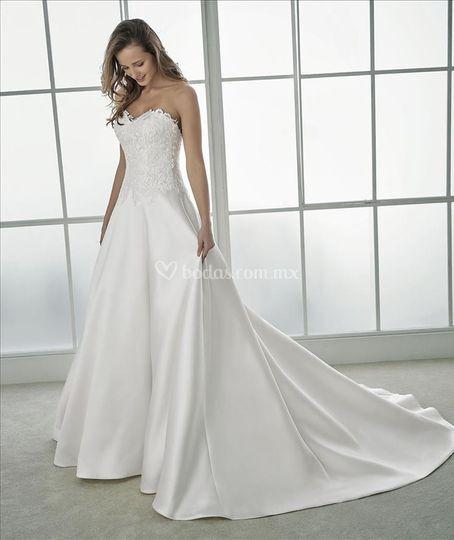 Flaviana white one