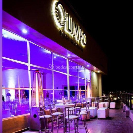 Iluminación y salas lounge
