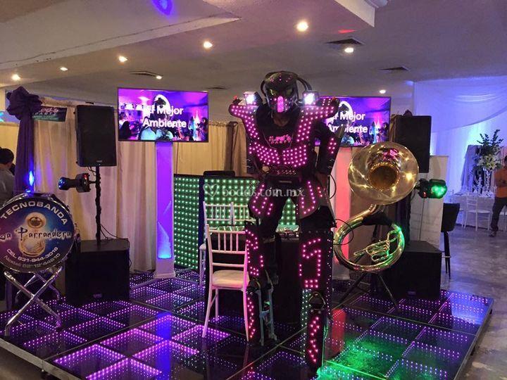 Robot led
