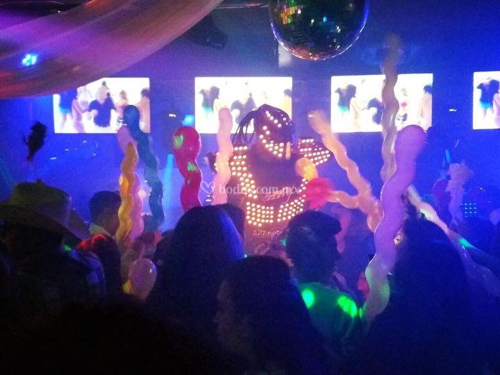 Robot led y servicio carnaval