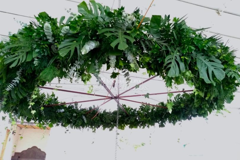 Candil greenery tropical