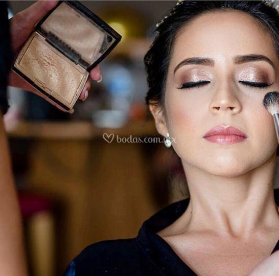 HD Makeup Dreams