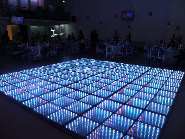 Pista de cristal iluminada 3D