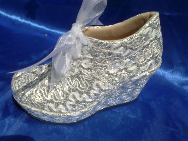Zapatos bordados