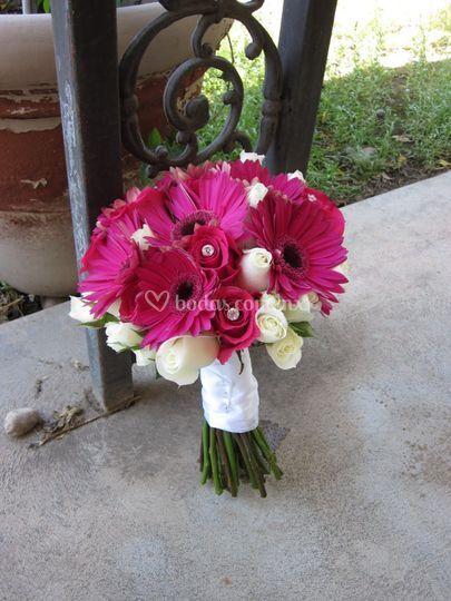 Bouquet gerbera y rosas