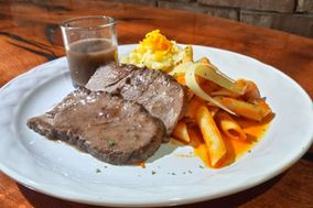 Alimentos y Banquetes Garza