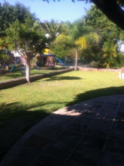 Hermoso jardin de villa valencia foto 6 for Jardin villa xavier jiutepec