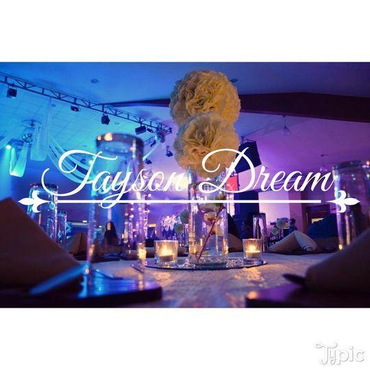 Centro de mesa de Tayson Dream