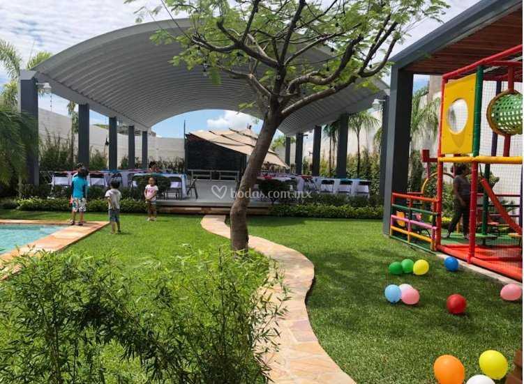 Juegos para niños de Jardín Manzanares   Foto 2